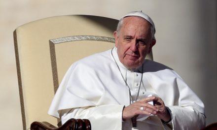 """Контркультурнае пасланне папы Францішка: """"Добры католік умешваецца ў палітыку""""."""